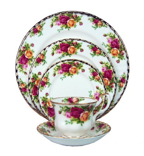 Royal Albert Old Country Roses  sc 1 st  Continental Table Settings & China Dinnerware Formal Dinnerware Royal Albert oldcountryroseschina ...